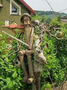 Baumstamm Dekorieren Garten : holzfiguren werden ihrem garten einen individuellen look verleihen ~ Markanthonyermac.com Haus und Dekorationen