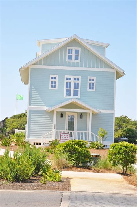 blue beach house i need a home in this color a big