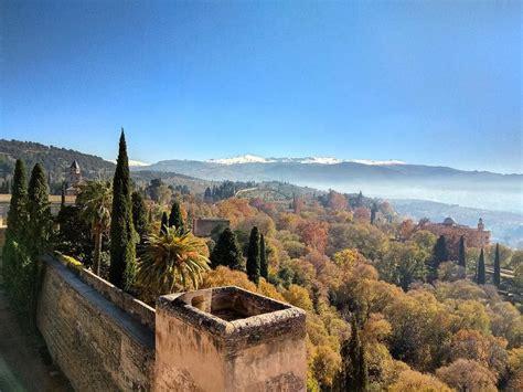 Zelta rudeni tagad ir moderni lūkot Spānijas dienvidos ...
