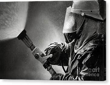 firefighter photograph  buchachon petthanya