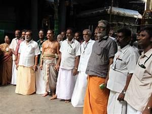 பாரம்பரிய உடைக்கு மாறிய கோவில் பணியாளர்கள்- முதல்கட்டமாக ...