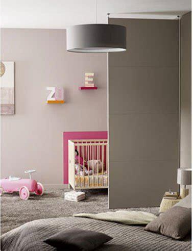 separation chambre parents bebe cloison amovible séparant chambre bébé et chambre parents