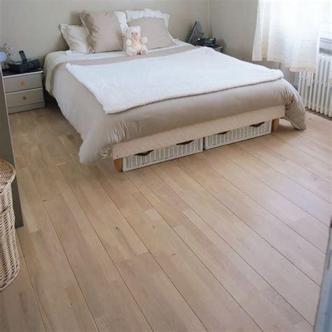 parquet flottant chambre adulte parquet gris chambre evidemment il manque les plinthes et