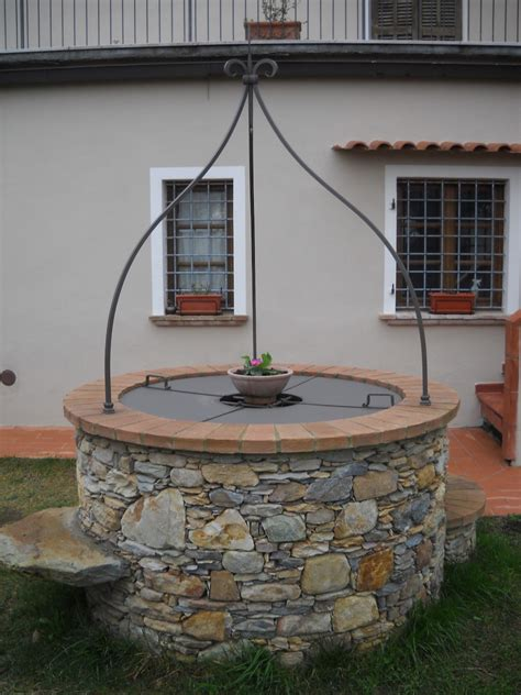pozzi da giardino in pietra pozzi in pietra prezzi