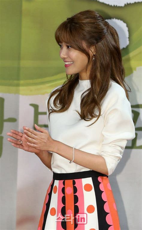 hair styles 2014 sooyoung attends springtime of my press conference 6805
