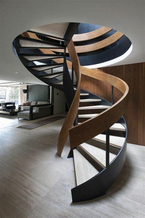 l escalier tournant en 40 jolies photos escalier escalier en colima 231 on