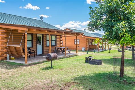 cabins on the frio river frio river cabins 8 16 river bluff cabins