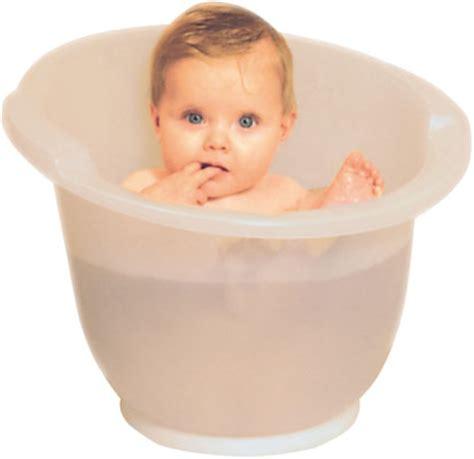 baignoire bebe dans le top de la baignoire sur pieds naissance 224 1an