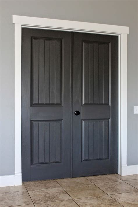 gray door white trim 01 creatingmaryshome com