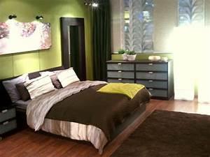 Schlafzimmer In Grün Gestalten : schlafzimmer farbe gr n braun ~ Sanjose-hotels-ca.com Haus und Dekorationen