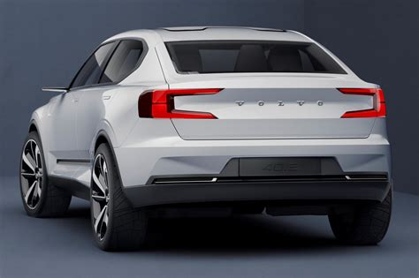 Volvo 401 And 402 Concepts Preview Xc40 And S40 Image 495752