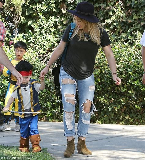 Hilary Duff And Estranged Husband Mike Comrie Take Son