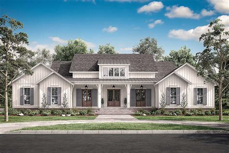 traditional style house plan    sq ft  bed  bath   bath