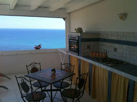 cucina in veranda la struttura i servizi e i prezzi casa vacanze tramonto