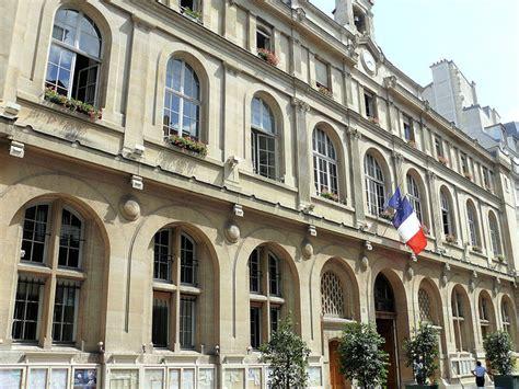 mairie de la chambre mairie du 2ème arrondissement à en métro