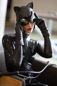 The Artful Dodger (Australia) as Catwoman. Photo... - Geek ...