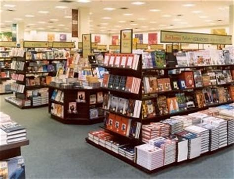 barnes and noble fresno b n store event locator