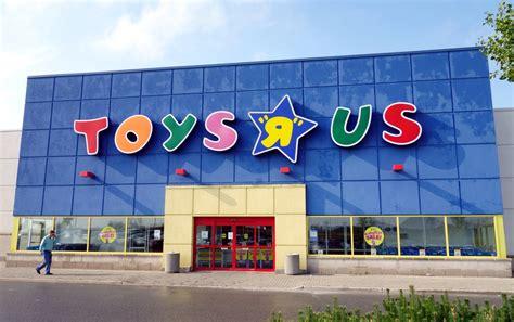 Au Royaumeuni, Toys R Us Adapte Ses Magasins Aux Enfants
