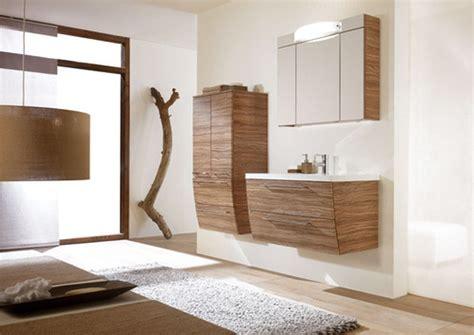 indogate salle de bain blanche et bois