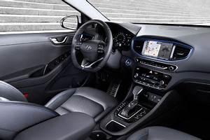 Hyundai La Garde : a bord de la hyundai ioniq hybride l 39 argus ~ Medecine-chirurgie-esthetiques.com Avis de Voitures