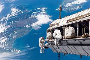 Real Astronaut in Space - Pics about space