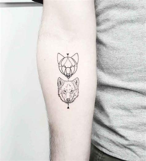 tattoo wolf  inspirierende ideen fuer maenner und frauen