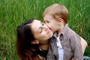 Image D Enfant : fonds d 39 cran enfant et maman maximumwall ~ Dallasstarsshop.com Idées de Décoration