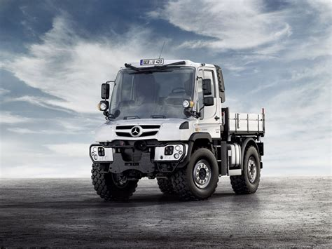 Unimog Mercedes by Mercedes Tough As Nails Unimog Gets New Look Engines For
