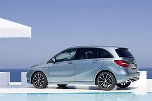 Mercedes Classe A 180 Essence : mercedes classe la nouvelle mercedes classe b d voile ses prix ~ Gottalentnigeria.com Avis de Voitures