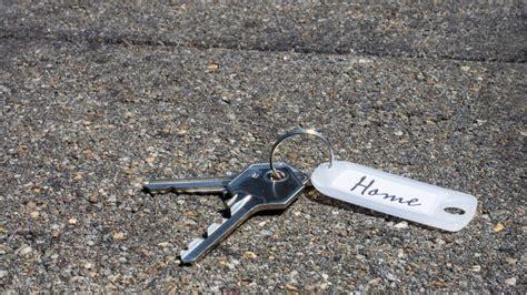 schluessel verloren zahlt die versicherung