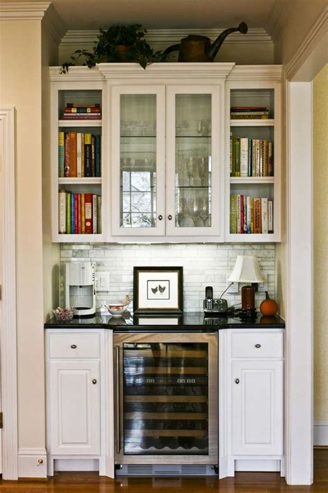 kitchen bar cabinets 13 best images about bars or butler s pantry on 2277