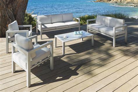 Salon bas de jardin en aluminium | Idu00e9es de Du00e9coration intu00e9rieure | French Decor