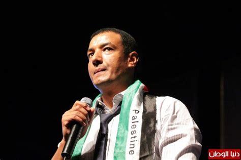 بالصور حفلة الشاعر المصري هشام الجخ في رام الله دنيا الوطن