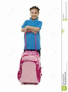 Trekkingrucksack Mit Rollen : schulm dchen mit rollen rucksack stockfoto bild 46088077 ~ Orissabook.com Haus und Dekorationen