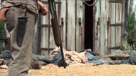 The Walking Dead Season 2 Barn Scene/sophia's Death