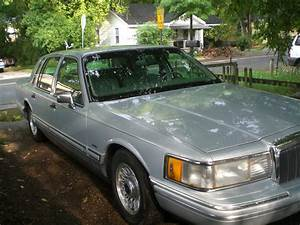 1994 Lincoln Town Car - Exterior Pictures