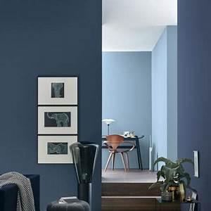 Welche Farbe Zu Lila : lieblingsfarbe blau wohntipps dekoideen living at home ~ Bigdaddyawards.com Haus und Dekorationen