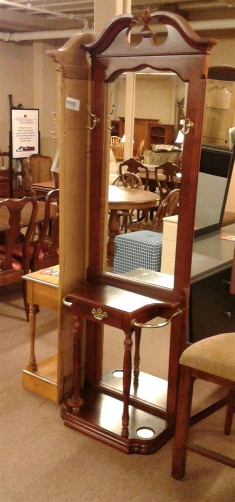 pulaski dark cherry hall tree delmarva furniture consignment