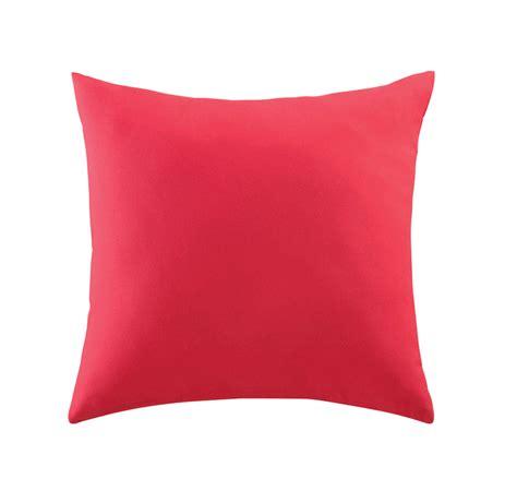 outdoor cushion in fuchsia pink 50 x 50cm maisons du monde