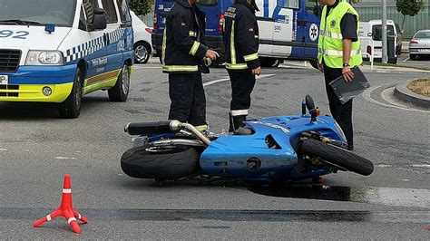 5 Conductores De Motocicletas Heridos Leves En 10