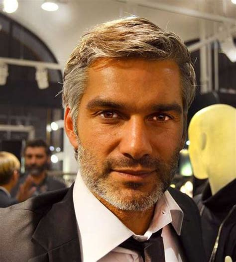 Cool And Modern Hairstyles For Older Men