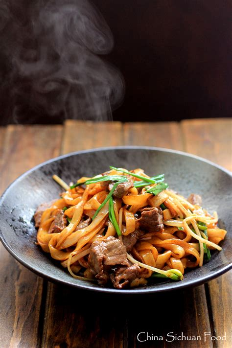 beef chow fun noodlespan fried ho fun china sichuan food