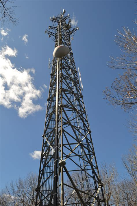 cell phone towers file cell phone tower in loudonville ny jpg wikimedia