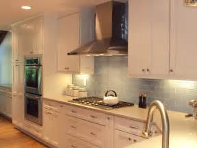 popular kitchen backsplash kraftmaid dove white