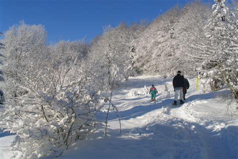 le chalet du lac les rousses chalets les rousses jura vacances ski montagne le gr 233 pillon