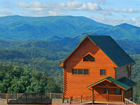 cabins smoky mountains dollywood s smoky mountain cabins opens