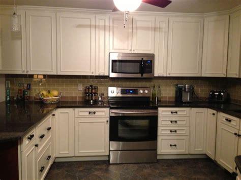 backsplash for white kitchen kitchen backsplash ideas white cabinets black countertops