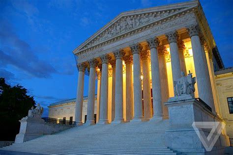Monsanto Supreme Court by Supreme Court In Favor Of Monsanto Says Farmer