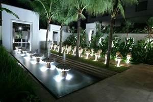 decoration exterieure fontaine terrasse With eclairage exterieur maison contemporaine 5 lumiare exterieur pour jardin terrasse et balcon un jeu