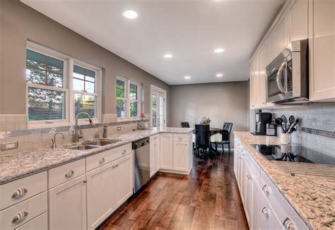 best color to paint kitchen some great ideas for kitchen paint colors tcg